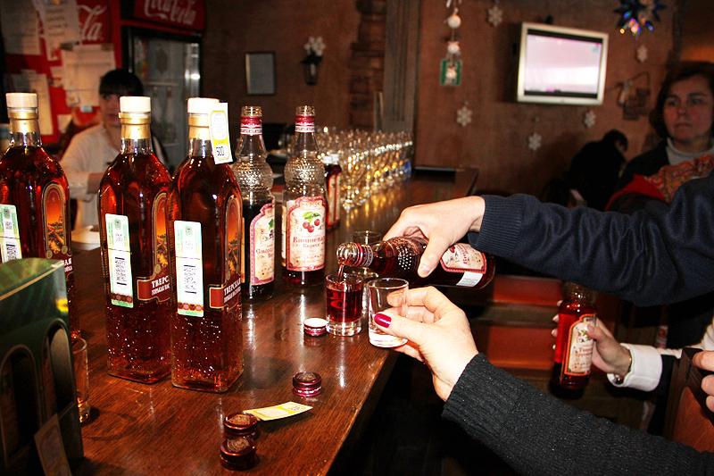 Дегустация напитков для туристических групп в Торжке